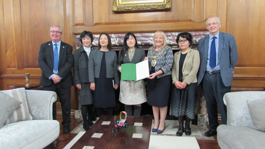 A meeting of the Hiroshima Peace Legacy Ambassadors with the Lord Mayor of Manchester and Cllr Eddy Newman, Manchester's NFLA & Mayors for Peace representative