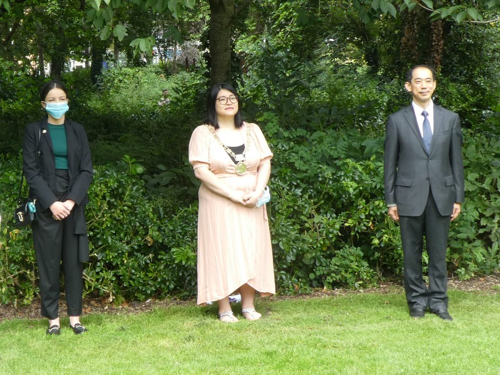 The Lord Mayor of Dublin, a representative from the Irish Government Disarmament Office and the Japanese Ambassador to Ireland at Dublin's Hiroshima Day service (source CND Ireland)